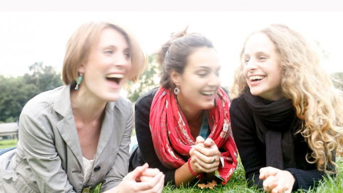 Laughing-in-London-Fields